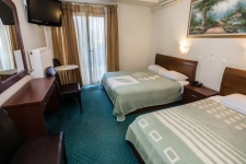 Classic Δίκλινο Δωμάτιο - με 1 διπλό ή 2 μονά κρεβάτια