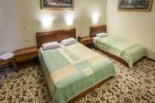 Superior Τρίκλινο Δωμάτιο με Μπανιέρα-Υδρομασάζ