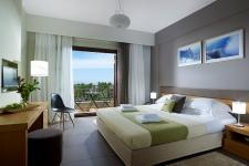 Τρίκλινο Δωμάτιο με Θέα